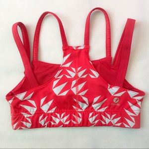 bda6df3bbb oiselle Intimates   Sleepwear - Oiselle Verrazano Bra Rio Red Geo Bloom  Size 2
